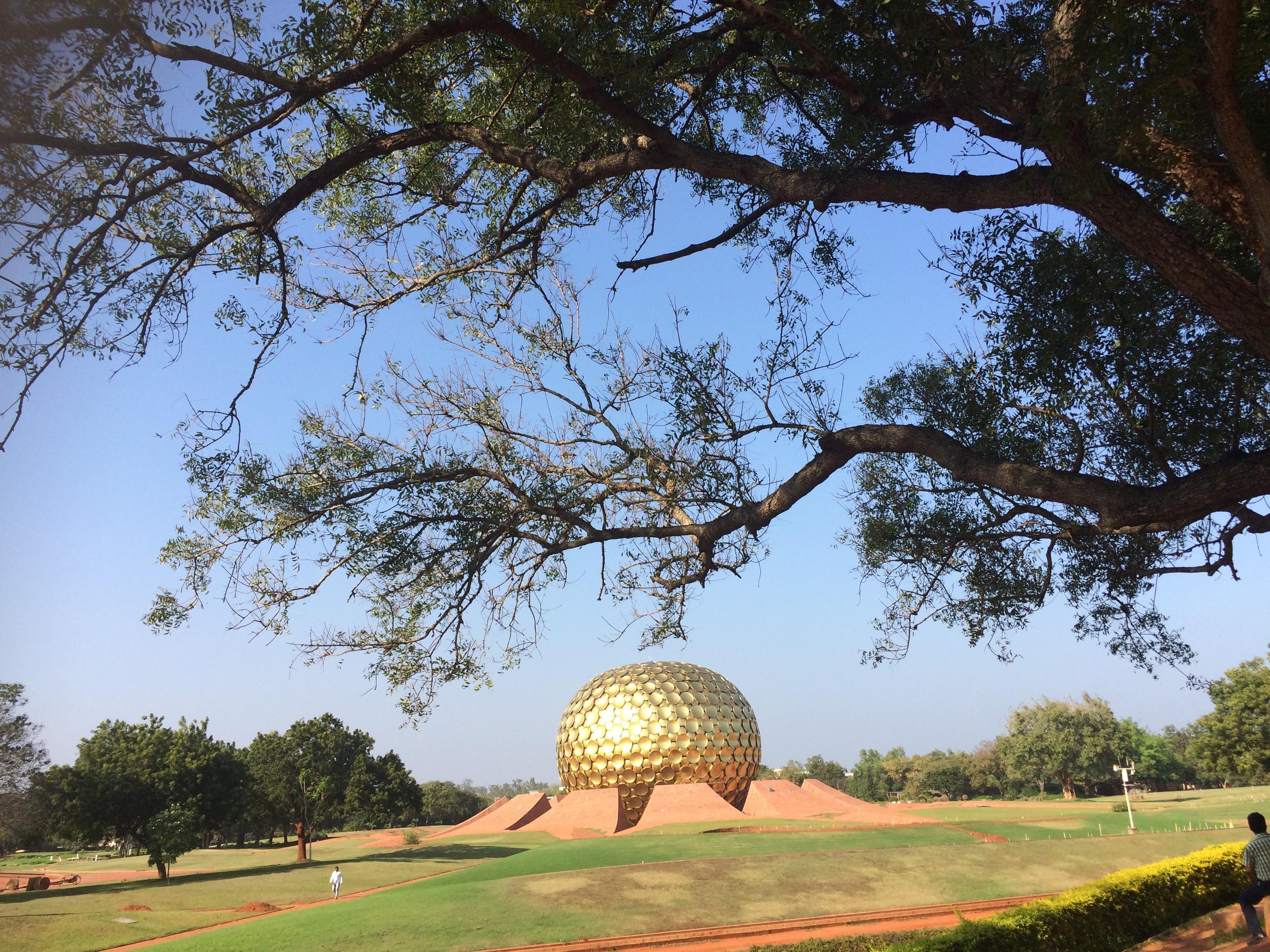 Matrimandir (Auroville-Inde)